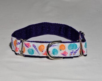 Down by the Seashore dog collar offers bright & pastel colors.