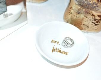Custom Ring Holder /Dish: Future Mrs / Mr. & Mrs.