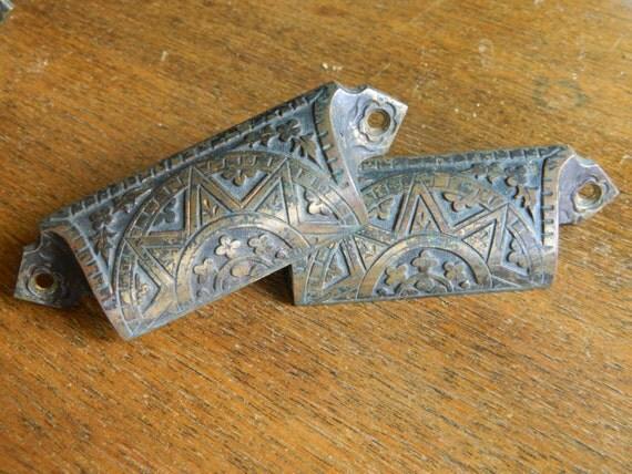 Pair Of Eastlake Pulls Antique Drawer Pulls Cast Iron Bin