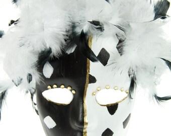 Harlequin Black and White Mask