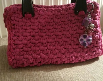 Pretty Pink handbag with wooden handles & embellishment