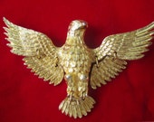 American Eagle Pin / PENDANT * LARGE Gold Tone * Articulated Wings And Tail