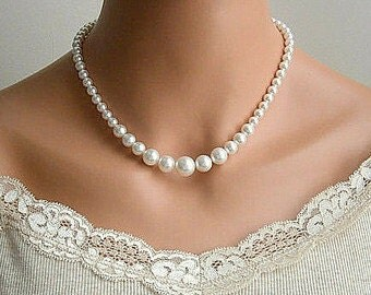 Big to Small Artificial Pearl Necklace