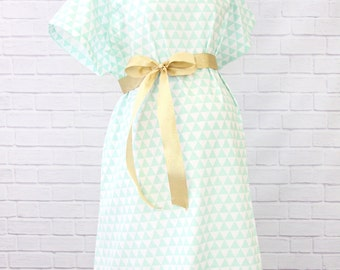 Mint Triangle | Mint and White Hospital Gown
