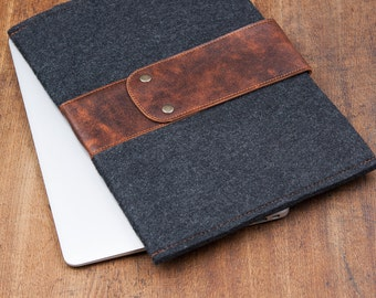 """Dark Felt MacBook PRO Case with leather strap and button closure. Leather Cover for MacBook 13"""" AIR. Leather MacBook Retina Sleeve"""