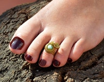 Toe Ring, Gold Toe Ring, Blue Toe Ring, Gemstone Ring, Brass Toe Ring, Boho Toe Ring, Swirl Toe Ring, Toe Ring Gold, Summer Jewelry