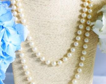 Necklace, vintage necklace, 1950's necklace, cream bead necklace