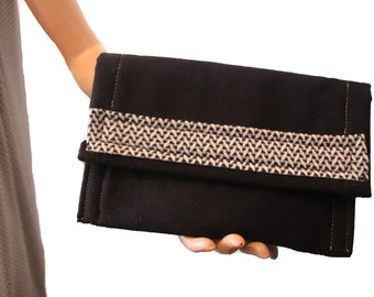 Evening bag black and white trend