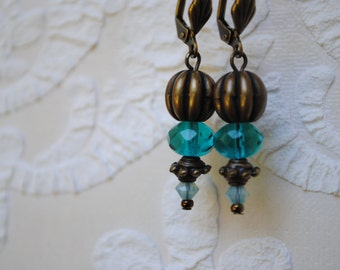 Earrings from largest to smallest
