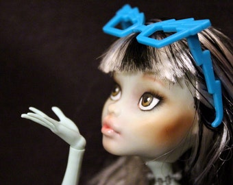 Monster High Doll Repaint/FaceUp: Frankie Stein