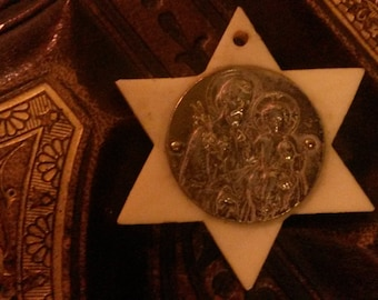 Star Pendant with Saint Joseph & the child Jesus in silver metal