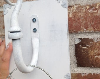 White Shabby Wall Sconce