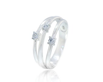925 Sterling Silver Clear CZ Three Band Ring(S99)
