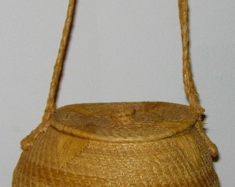Handbag - Straw Weave Top Lid - Rare