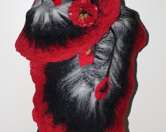 Scarf wool felted by hand
