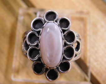 Elegant Mother of Pearl Sterling Silver Ring