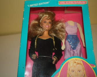 Vanna White Doll Limited Edition #2 with Vann's original fashions 1990