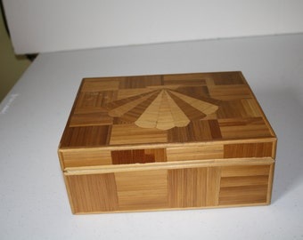 Hand Craft Russian Straw Jewelry Trinket Box