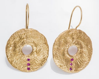 Round ruby gold earrings -  9k Gold