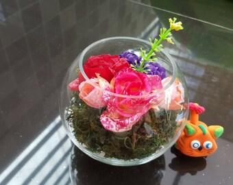 Silk Roses arrange in Small Glass Vase for Home Decor