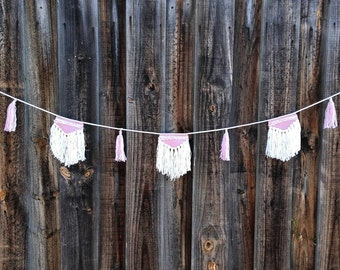 Woven Bunting // Pink // White