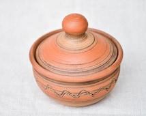 Handmade brown kitchen ware stylish salt shaker utensil for salt 200 ml