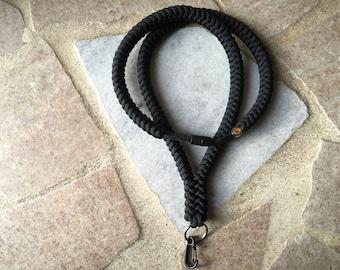 550 Paracord Snake Knot Survival Lanyard