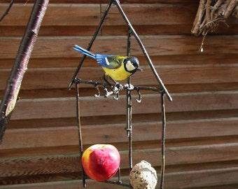 Bluetit Fatball Birdfeeder AR012