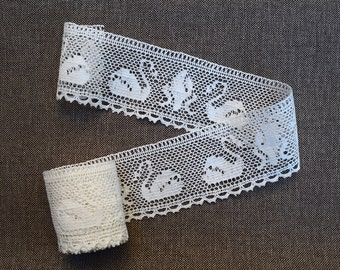 Linen lace, Natural white with swans, 2 yards