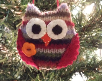 Striped Owl w/orange button