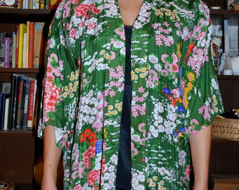 1950's Vintage floral Asian Robe