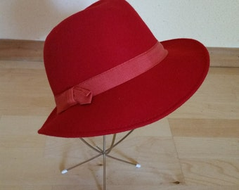 Red Wool Felt Hat