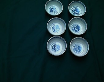 Vintage Chinese Rice Eyes Dragon Bowls Set of 6 Blue and White Porcelain