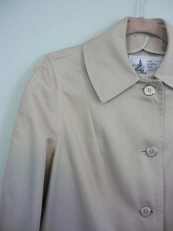 Swinging 60s Khaki Car Coat / 1960s Lightweight Fall Jacket / Minimalist Mid Century Outerwear / Modern Size Medium M to Large L