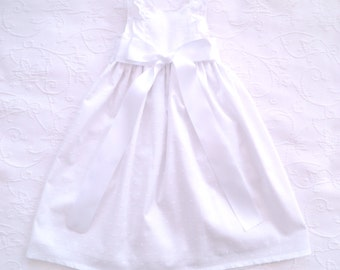 White cotton plumeti baby dress