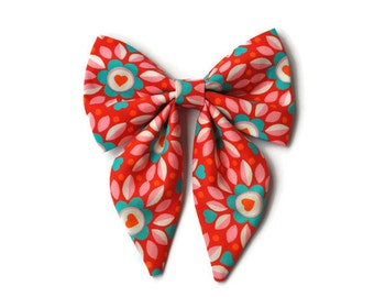 Dog bow in Red with flowers and hearts