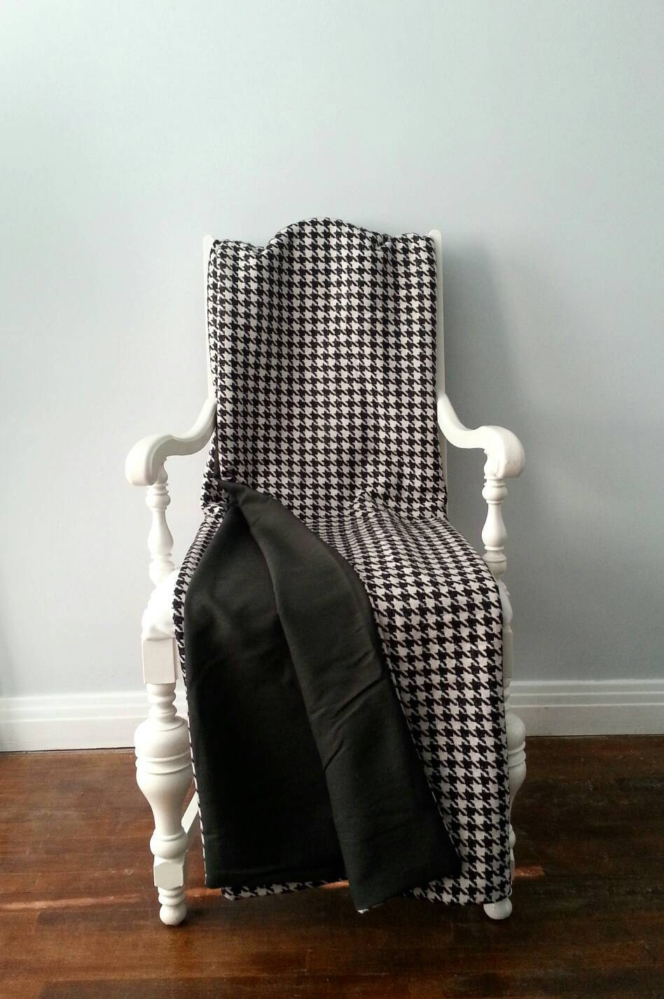 black and white wool throw blanket houndstooth check. Black Bedroom Furniture Sets. Home Design Ideas