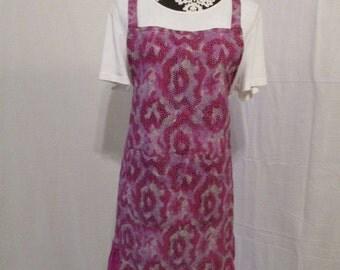 Women's Maddie Style Apron, Fuschia Snakeskin Print
