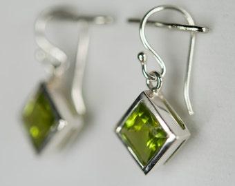 B001-016-005 Handmade Sterling Silver Hoop Earrings Green Peridot August Birthstone