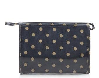 Waterproof toiletry bag - Ladies Oilcloth Cosmetic bag - Zip Wash bag - Woman Makeup bag - Zip Beauty case- Waterproof Wet bag - Polka dot