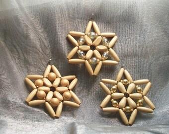 3 pale Golden Star