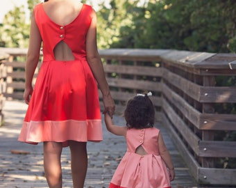 Mommy and me dress.Mother and daughter matching dress.(Each sold separately).Mommy and me outfits.Christmas gift ideas for mom.JOEY et CHLOE