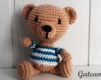 Picasso Teddy  Bear amigurumi. Crochet doll. Stuffed. Teddy.