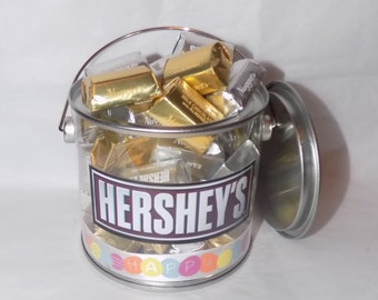 American Hershey nuggets Easter gift pot