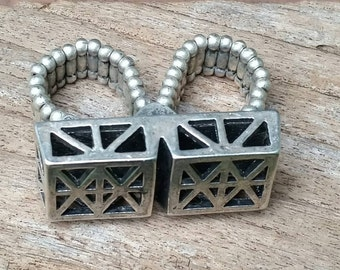 "Ladies square double ring 'knuckles""."