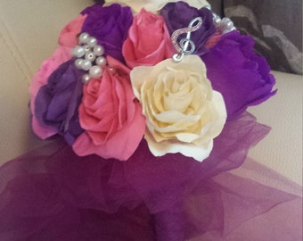 paper flowers broochs boquet