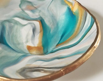 BESTSELLER! TURQUOISE MARBLE // Polymer Clay Jewelry Dish, Ring Dish, Trinket Dish