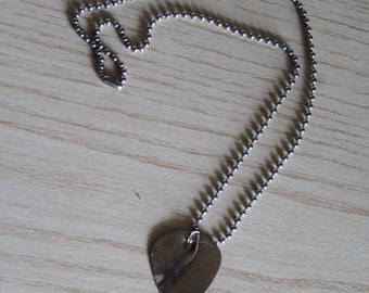 PickringsIT - Metal Guitar Pick Necklace