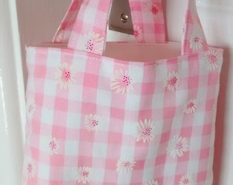 Small Pink Gingham Bag, Tote Bag, Child's / Girl's Pink Daisy Bag, Cute Cotten Fabric Bag