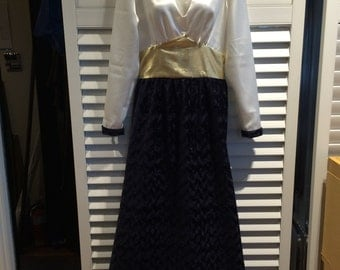 White, gold and navy reproduction 1940's gown
